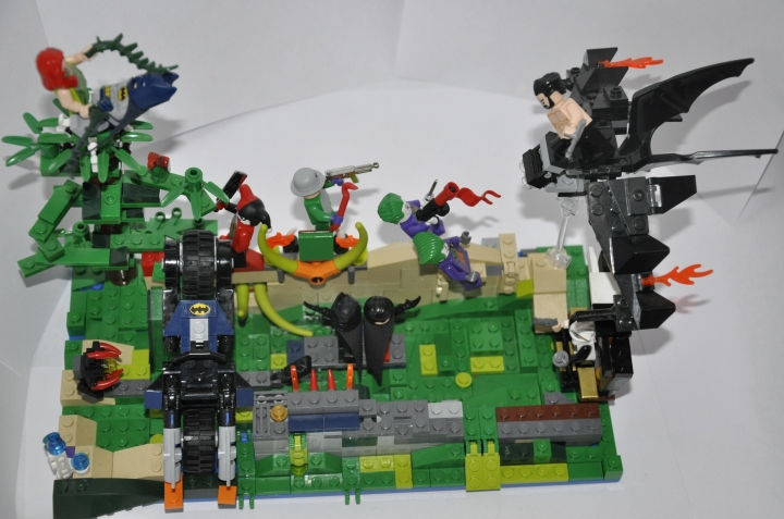LEGO MOC - Heroes and villians - Batman, Robin and Wolverine versus evil!