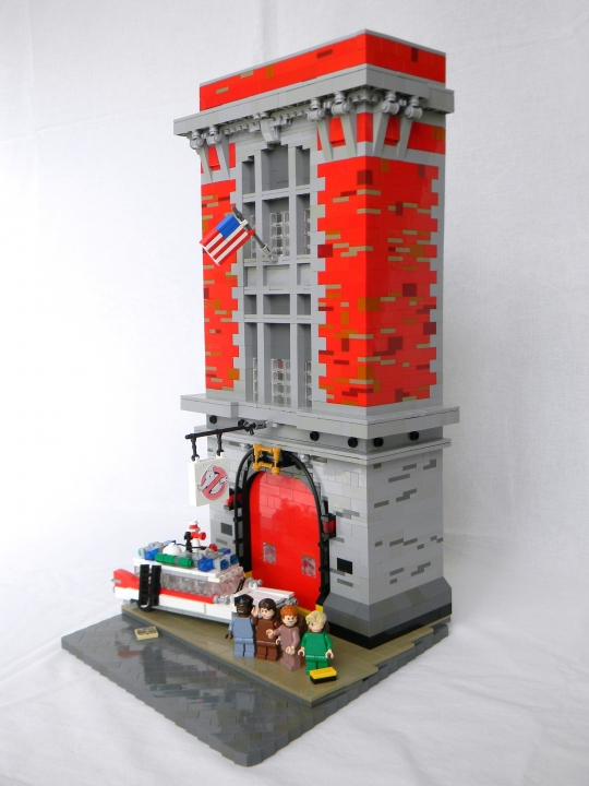 LEGO MOC - Heroes and villians - Ghostbuster's firehouse!: If there's something strange in your neighborhood<br><br />