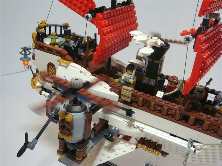 LEGO MOC - Steampunk Machine - Steampunk styled 'Scarlet Sails': Винты вращаются от PF