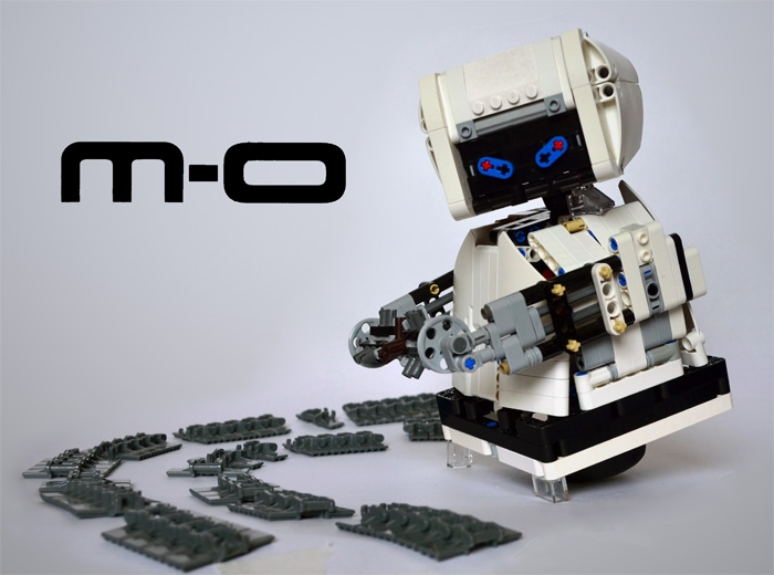 LEGO MOC - 16x16: Character - M-O (Microbe Obliterator) from 'Axiom'