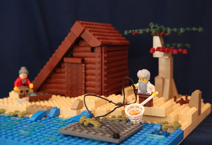 LEGO MOC - Russian Tales' Wonders - The Tale of the Fisherman and the Fish (A.S.Pushkin): Старик вытаскивает рыбку